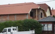 Régi épület feújítás, tetőtér ráépítés, társasház szerkezeti kivitelezés